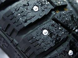 Шипы на шинах