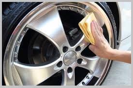 Средство для очистки колесных дисков
